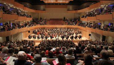 Paul Daniel opens his tenure as Music Director in Bordeaux