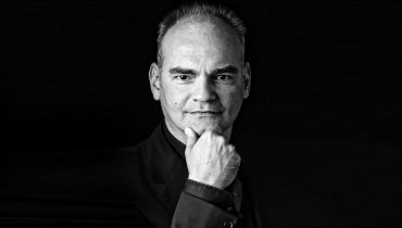 Lothar Koenigs nominated for Grammy Award for Met Lulu