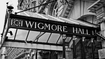 Christopher Glynn to perform Schubert Cycles in a new English translation at the Wigmore Hall